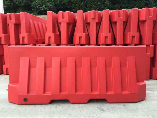 Plastic Traffic Barriers Plastic Traffic Barrier
